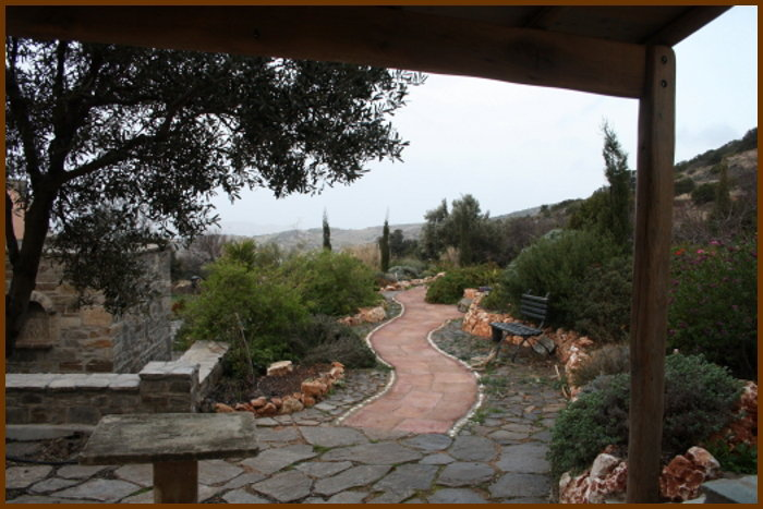 stone-table-winding-path_1